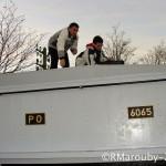 Le 16 déc.: 2 Individus sur le toit du tender: qui sont ils? que font ils ?...